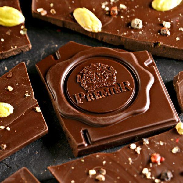 Tamna čokolada sa pistaćima i biberom