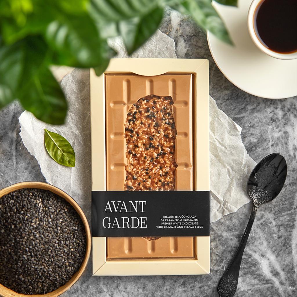Avant Garde čokolada sa karamelom i susamom