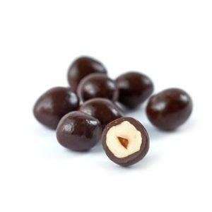 Draže bombone sa lešnikom u tamnoj čokoladi