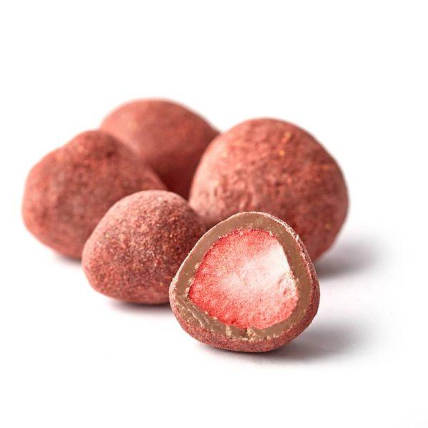 Draže bombone sa liofilizovanom jagodom u mlečnoj čokoladi