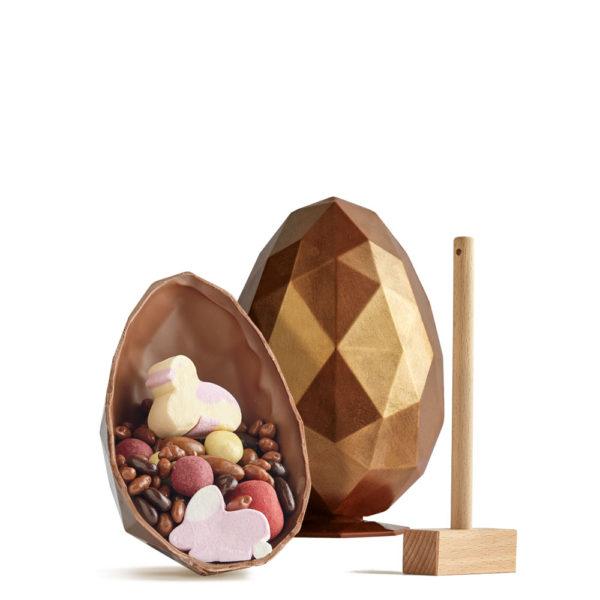 Uskršnje Bronzano Dijamant Jaje sa Čokoladnim Granulama i Dekoracijom.